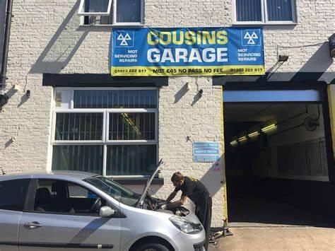 Cousins Garage
